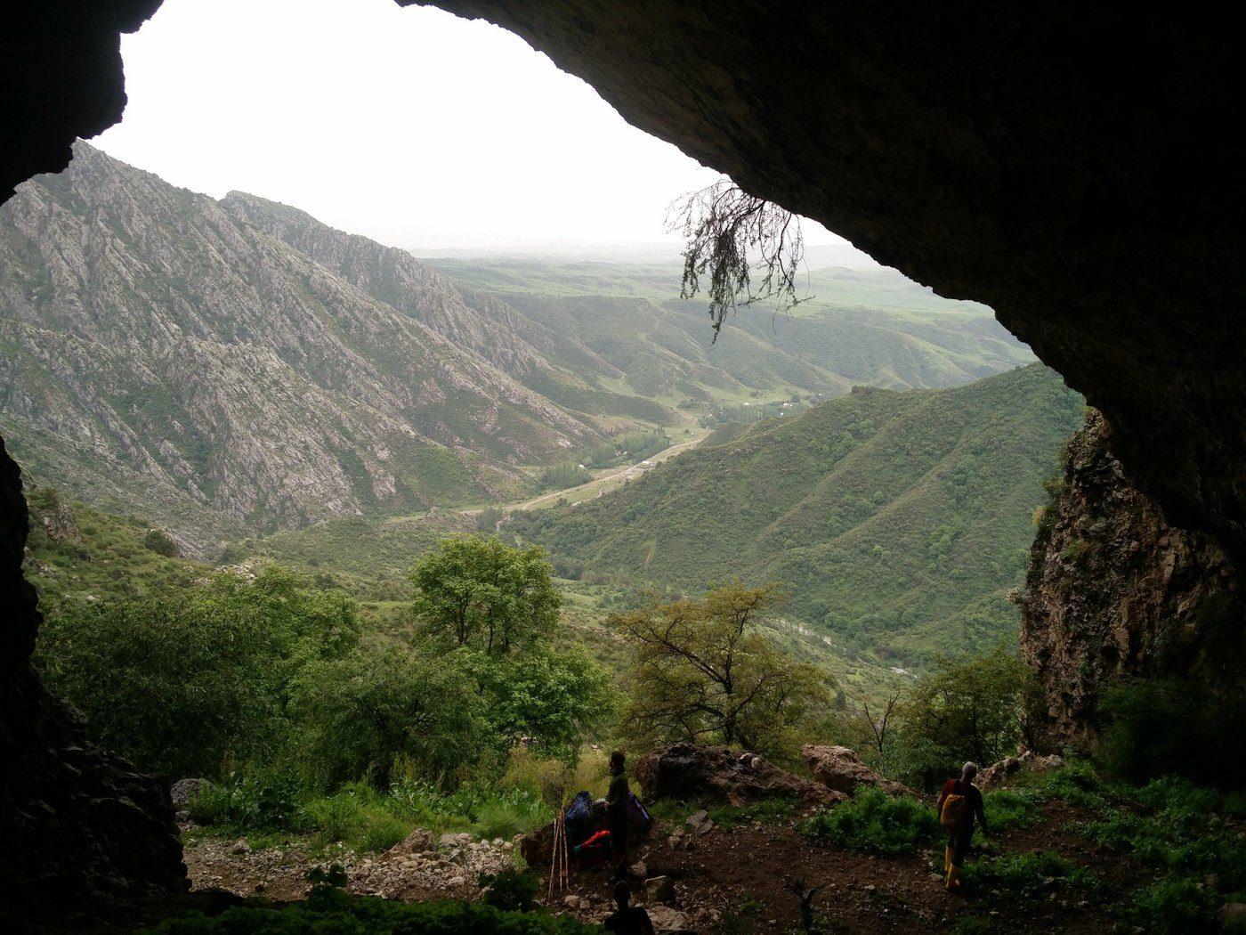 מערות
