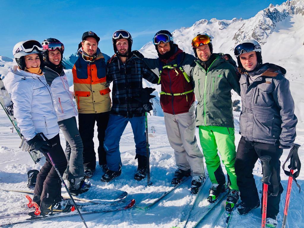 מדריכי סקי בעברית לילדים