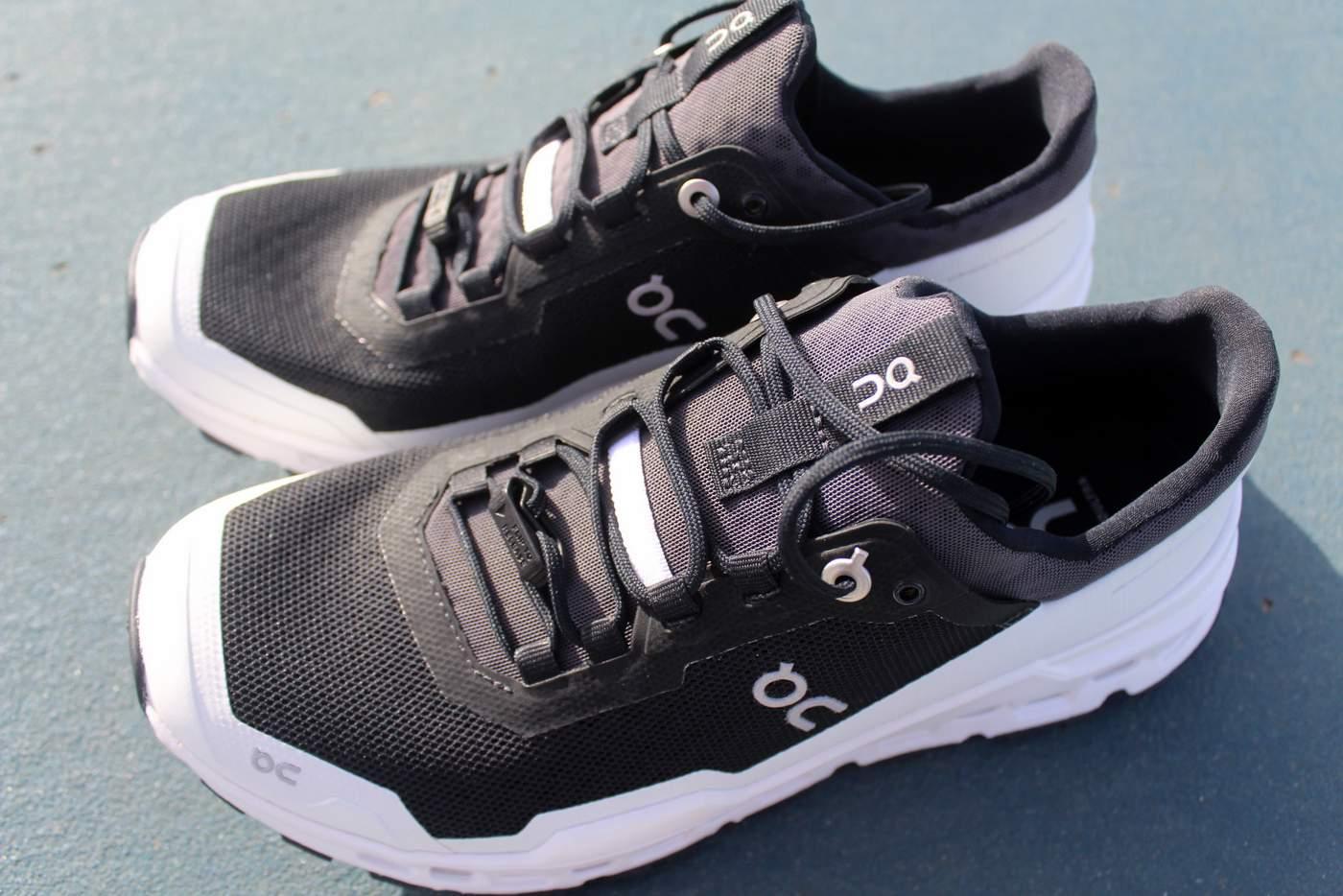 נעל שבילים